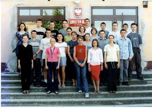 Absolwenci rocznik 2002 klasa A