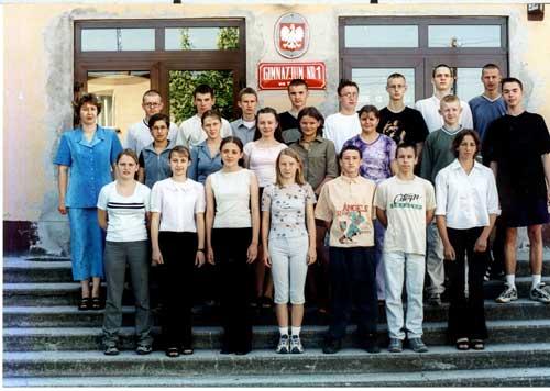 Absolwenci rocznik 2002 klasa D
