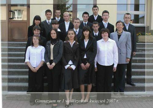 Absolwenci rocznik 2007 klasa D