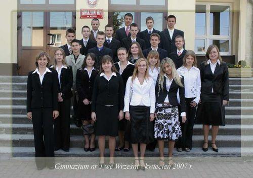 Absolwenci rocznik 2007 klasa G