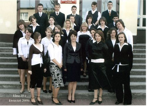 Absolwenci rocznik 2008 klasa E