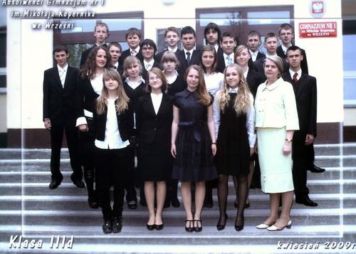 Absolwenci rocznik 2009 klasa D